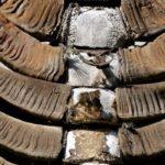 Archaische Begräbnisrituale der Toraja